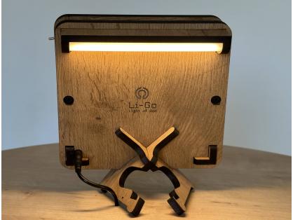 hlava lva 99 dž 3 stolní LED lampička 17x17cm
